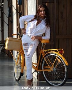 http://img-fotki.yandex.ru/get/151498/340462013.65/0_349a01_1ad9d81f_orig.jpg