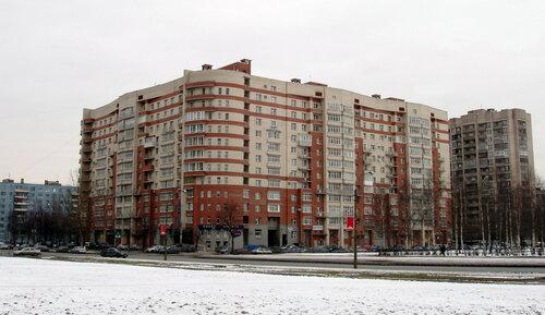 Искровский пр. 32к1