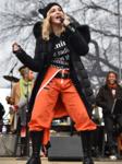 Мадонна на Марше против Трампа.png