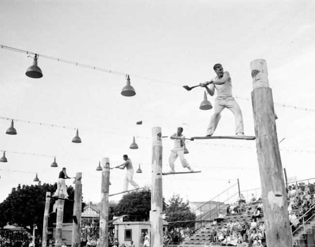 Соревнования лесорубов в Сиднее, 1957 год.