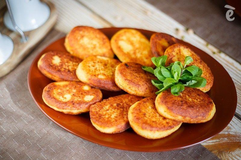 Чвиштари (кукурузные хлебцы с сыром) Мчади — постные кукурузные хлебцы, которые в традиционном рецеп