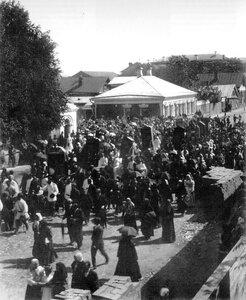 Крестный ход у Сретенской церкви