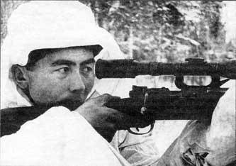 Советский снайпер с Маузером 98 К.jpg