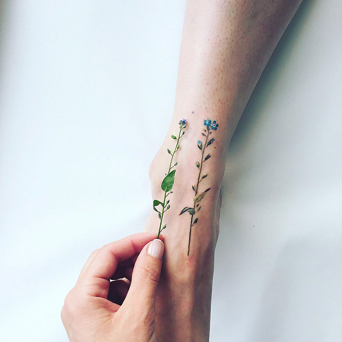 As tatuagens Botanicas de Pis Saro inspiradas nas mudancas das estacoes