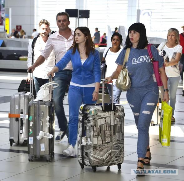 Наташи вернулись в Турцию