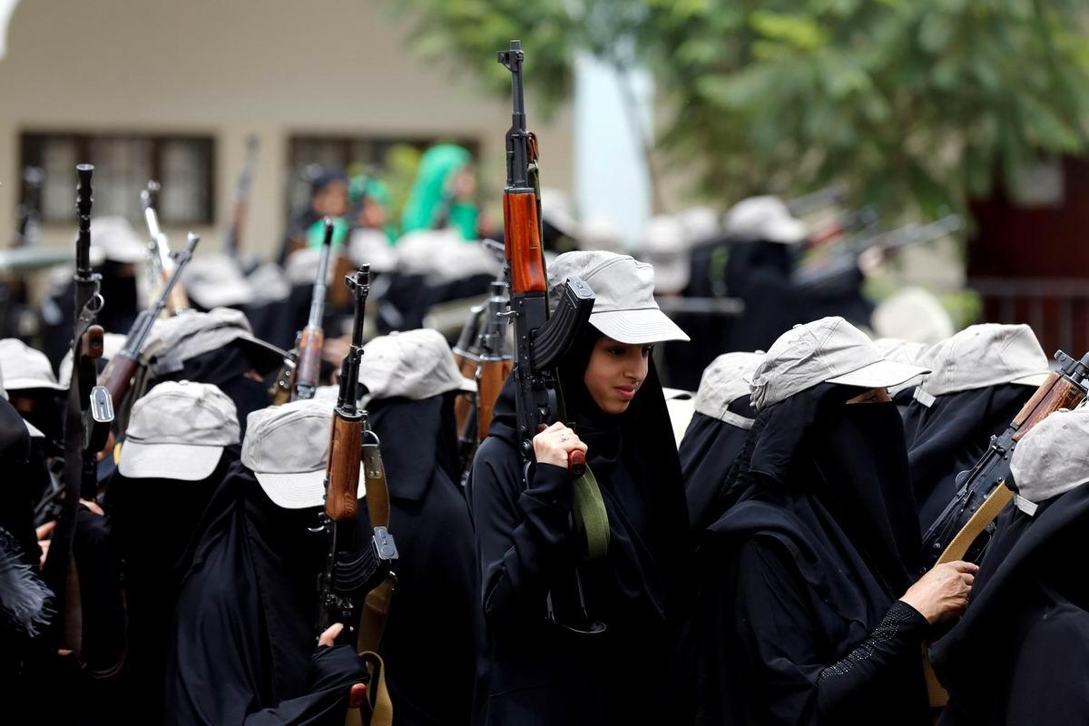 Автоматчицы в паранджах: Новая национальная гвардия современного Йемена