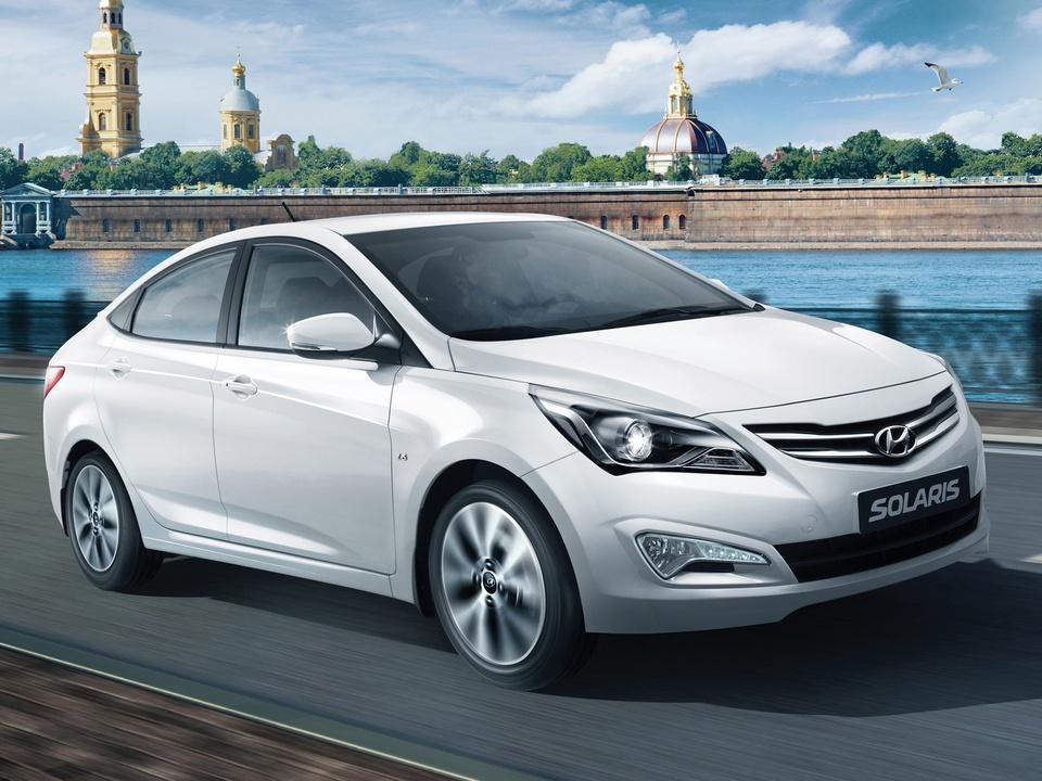 Топ-25 самых продаваемых авто в России в июне
