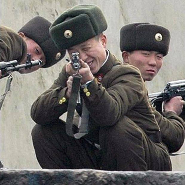 Расстреляли из пулемета: В Северной Корее казнили двух чиновников