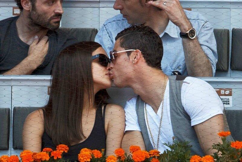 Доказательства, что Криштиану Роналду любит женщин, а не мужчин   топ 10 фотографий