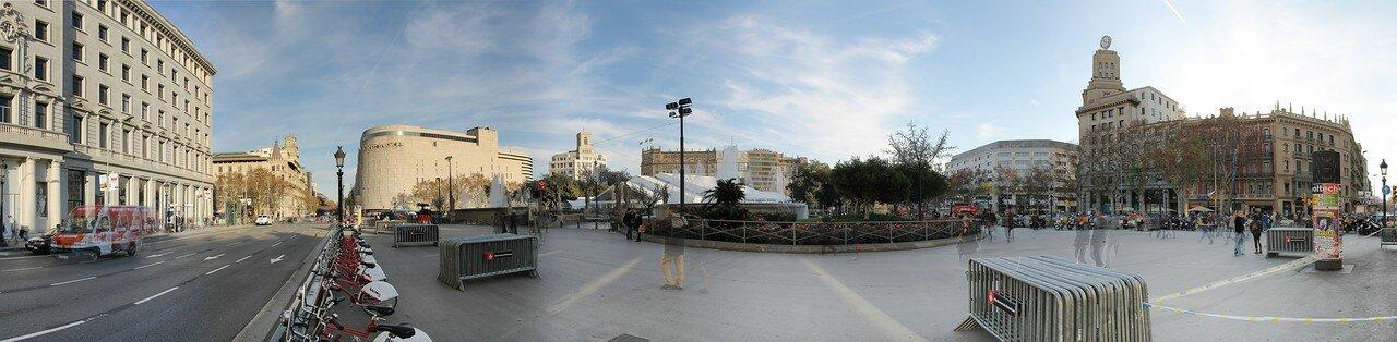Barcelona. Plaza de Cataluña. Panorama