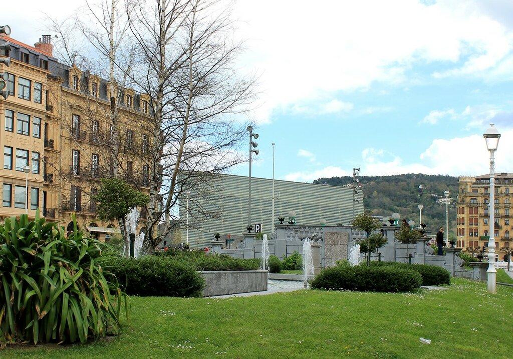 Доностия-Сан-Себаcтьян. Площадь Окендо (Plaza de Okendo)