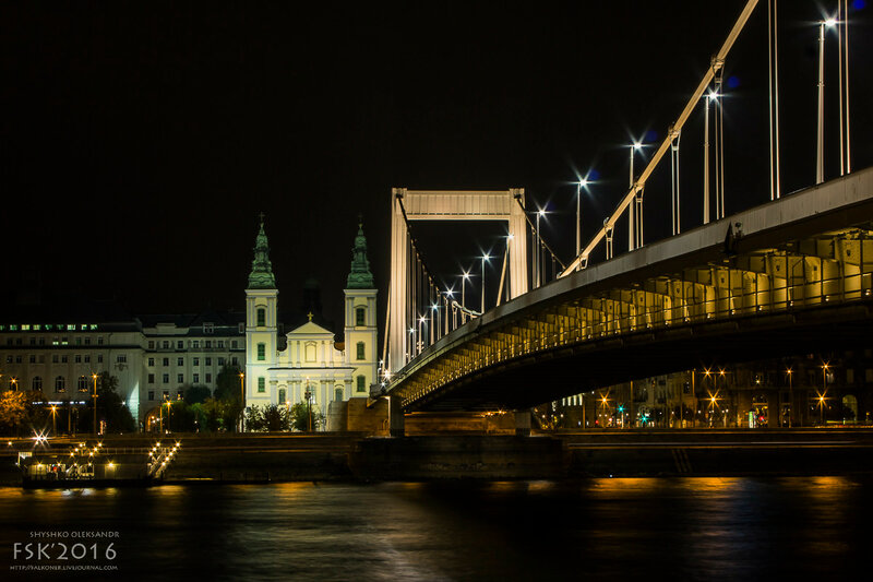 night_budapest-60.jpg