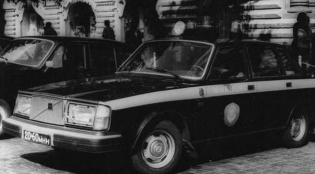 В 1998 году Указом Президента ГАИ переименовали в Государственную инспекцию безопасности дорожного д