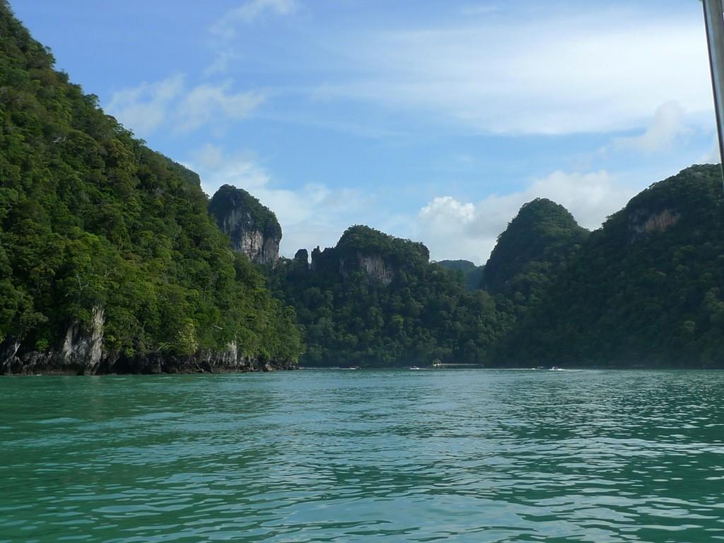 9. Лангкави — Малайзия Самый крупный из 99 островов в Андаманском море на севере Малайзии и Тайланда