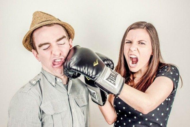 Обладая истерическим характером, женщина может вызывать у мужчины пробуждение природных инстинктов.