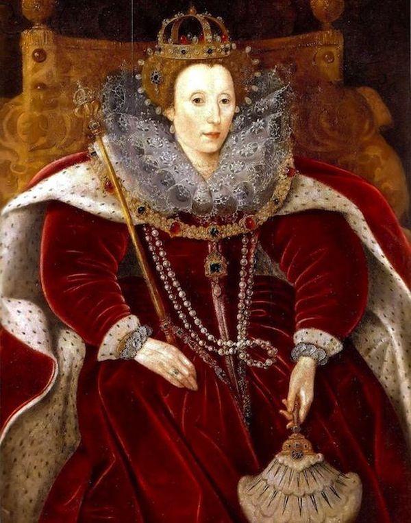3. У Королевы Елизаветы I (британской) (1533–1603) было около 3,000 нарядов.