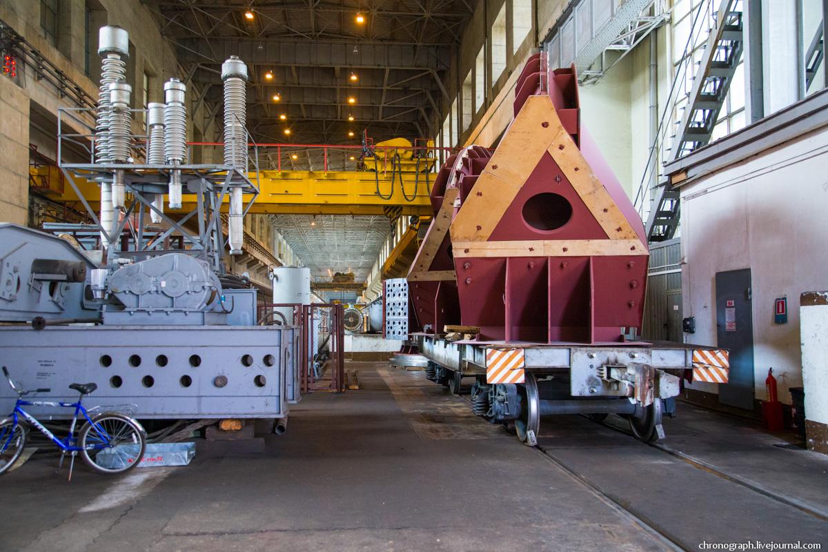 Монтаж рабочего колеса гидроагрегата №7 на Жигулёвской ГЭС 0_112361_cb5da730_orig
