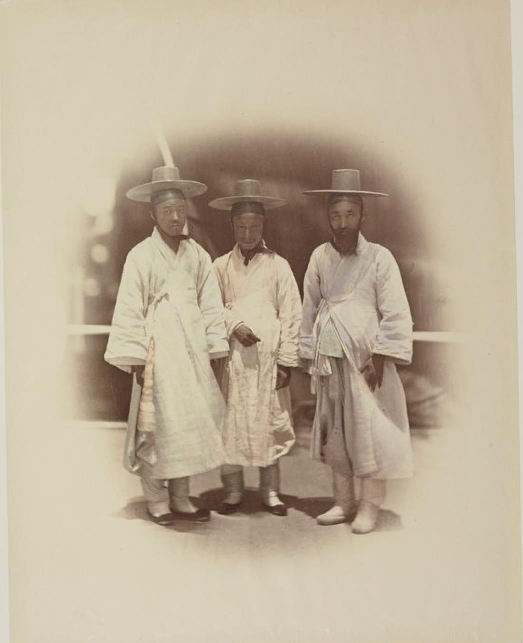 Три корейца