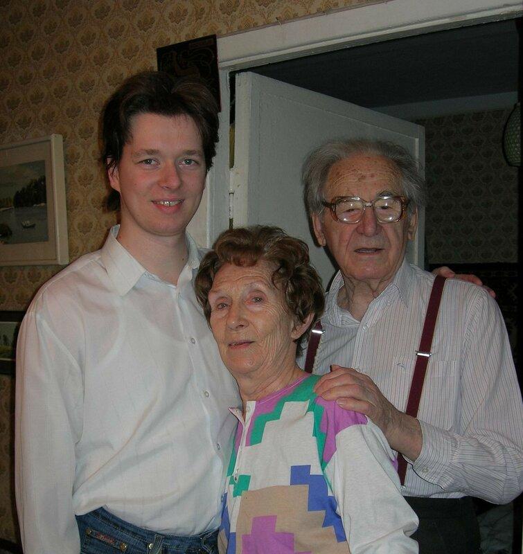 Дед, бабушка и я, 2008