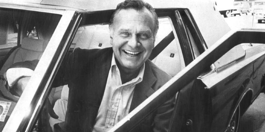 8. Билл Бласс (1922-2002) Если есть сомнения, надевай красное.