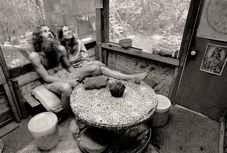 10. Марихуана и психоделические препараты были, конечно, частью живого опыта для многих жителей лаге