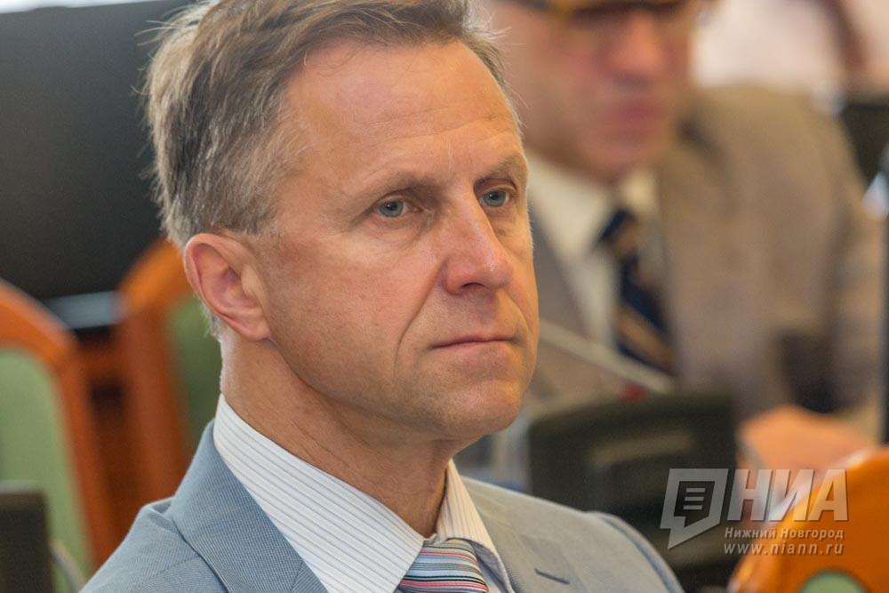 Андрей Тарасов снят свыборов вЗаксобрание