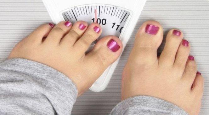 Ученые узнали, почему подростки резко толстеют