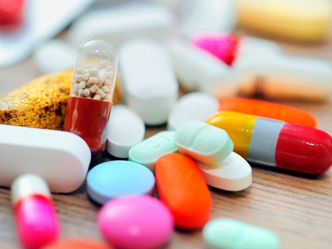 Оптимизация закупок фармацевтических средств отВИЧ сэкономит около 8млрдруб.