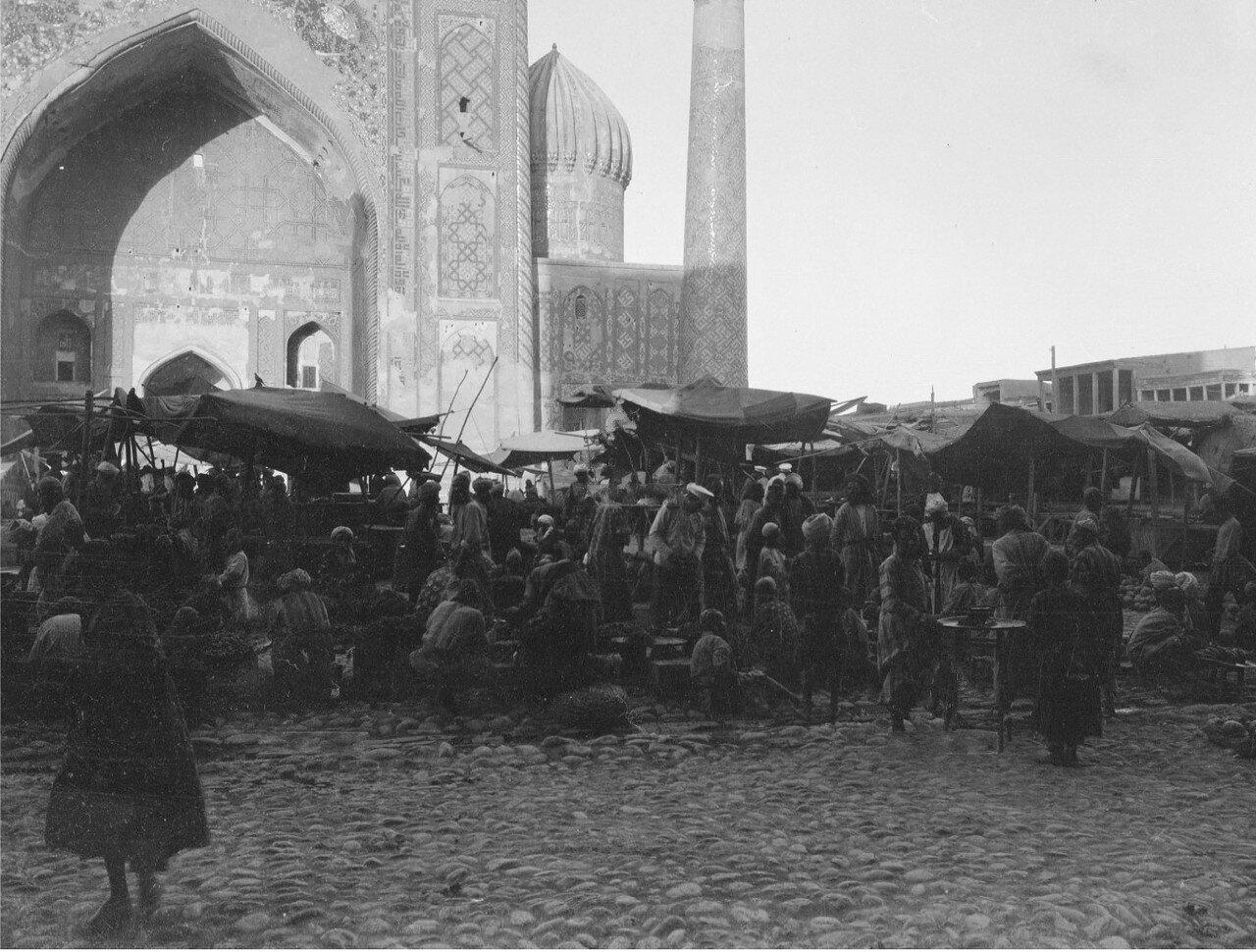 Самарканд. Площадь Регистан. Медресе Шердор