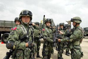 На границе Китая и Мьянмы заблокированы 2 тыс. человек