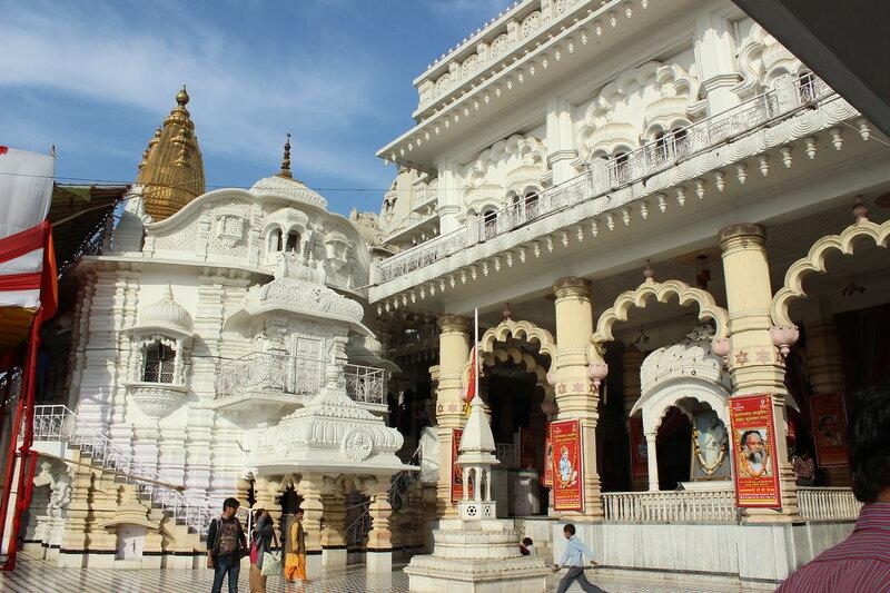 Дели. Храмы Чаттарпура