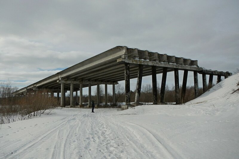 Недостроенный путепровод объездной дороги в Ганино