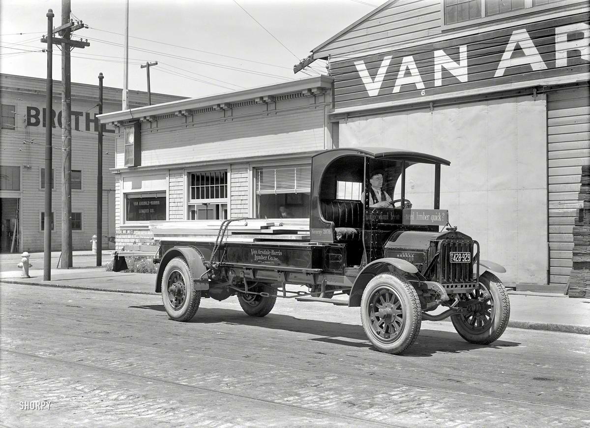 Специализированные транспортные средства начала 20-го века на снимках американских фотографов (25)