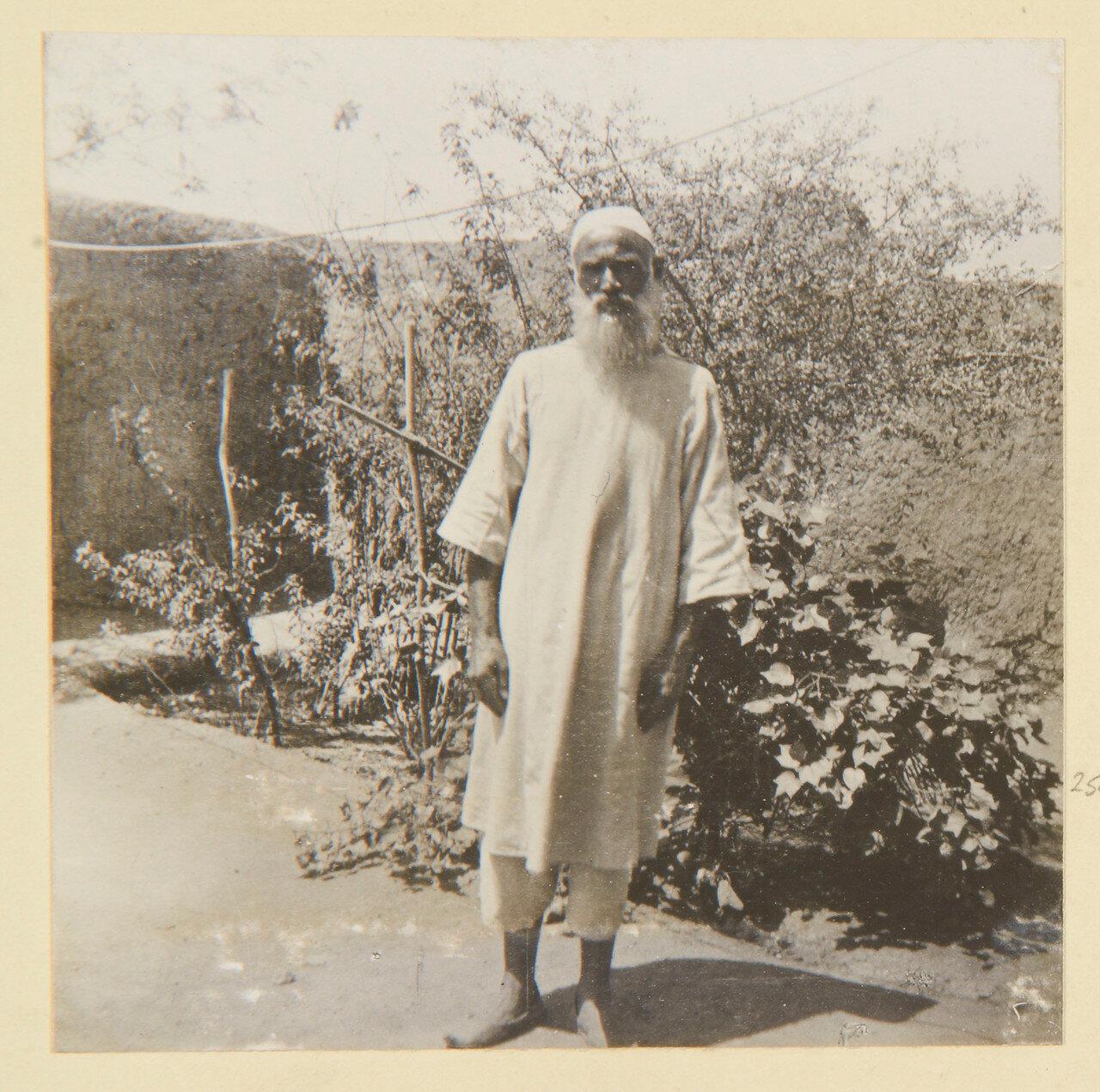 Отец Джузеппе, который был захвачен в монастыре в Эль-Обейде, недалеко от Омдурмана в 1883