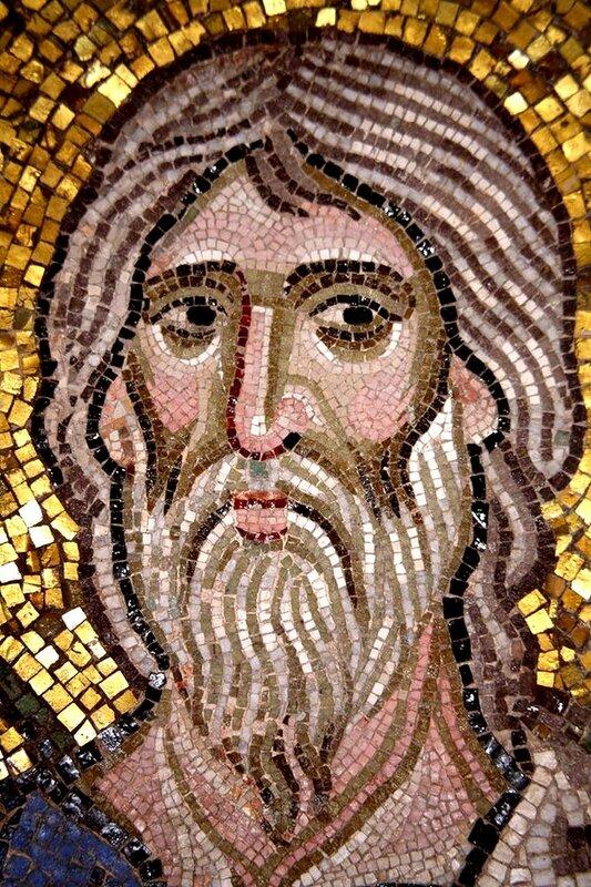 Лик Святого. Мозаика монастыря Дафни, Греция. Конец XI века.