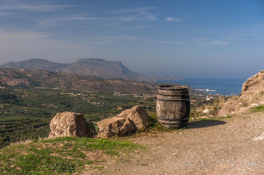 Вид на Киссамос из Полирринии | View to Kissamos from Polirrinia