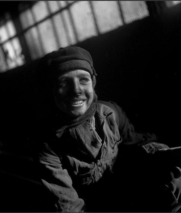 1945. Подросток шахтер