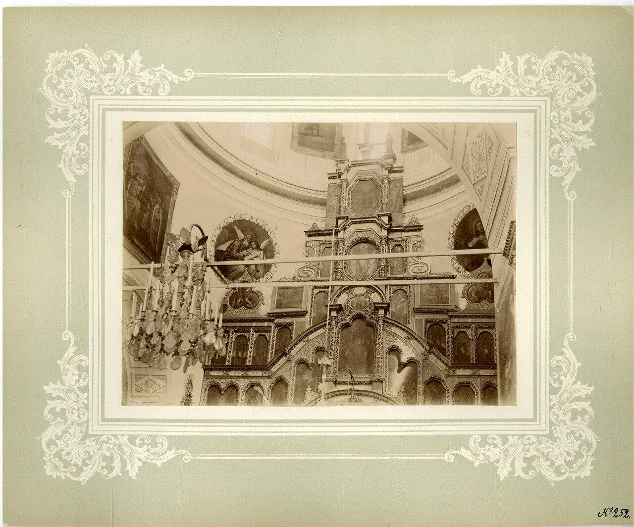 06. Верхняя часть иконостаса соборного храма
