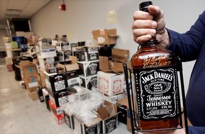 В Дублине украдено больше 15 000 бутылок виски