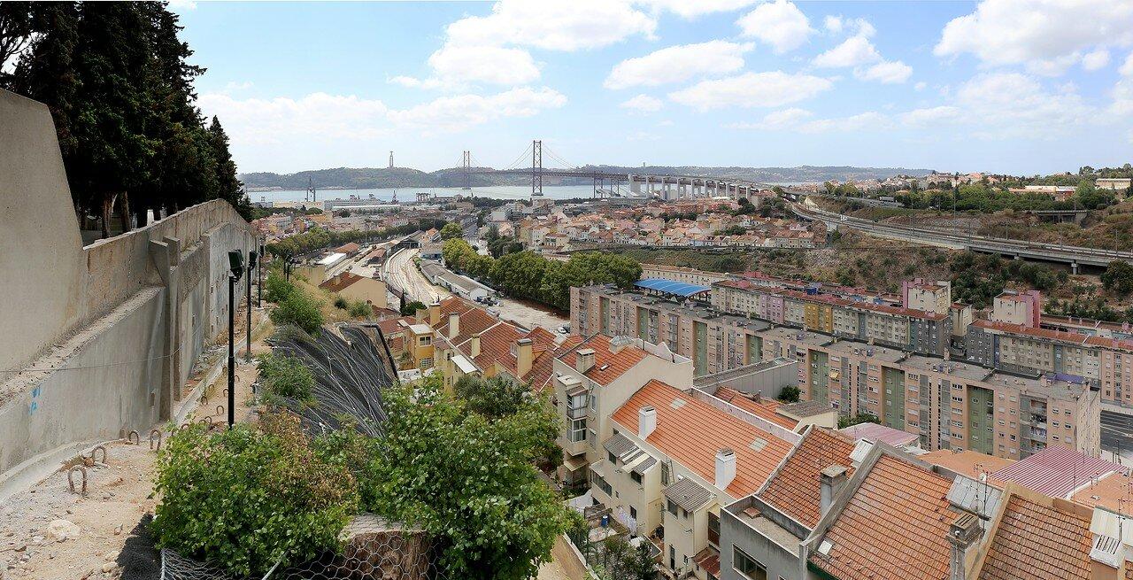 Lisbon. Alcântara (Alcântara). The view from the Cemetery of Prazeres
