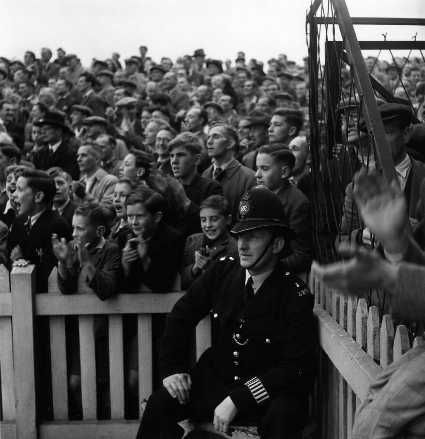 1950. Стадион. Лондон
