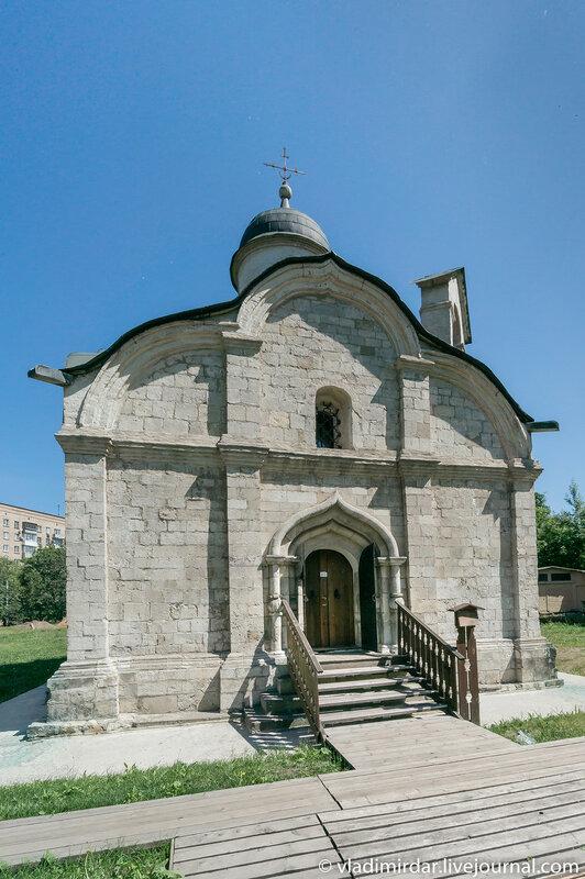 Храм святого Трифона в Напрудном