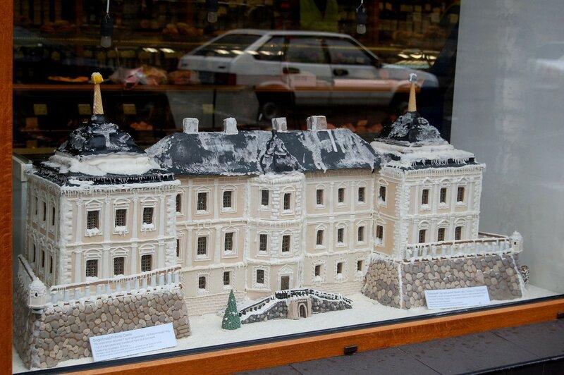 пряничный макет замка в Подгорцах