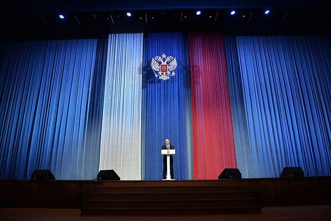Путин на Дне работника органов безопасности 20.12.14.jpeg