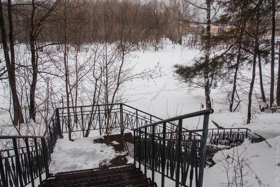 переправа через реку Сатис зимой