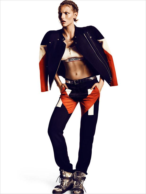 Карлина Цауне (Karlina Caune) в журнале Vogue Spain