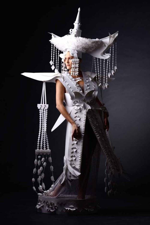 бумажные-свадебные-платья-аси-козиной4.jpg