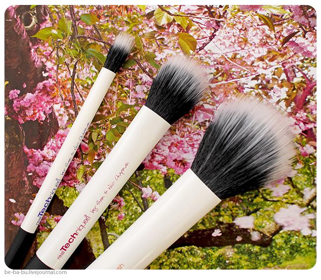 Кисти-iHerb-EcoTools-Skin-Perfecting-Brush-for-BB-CC-Creams-Real-Techniques-Samantha-Chapman-review-отзыв6.jpg