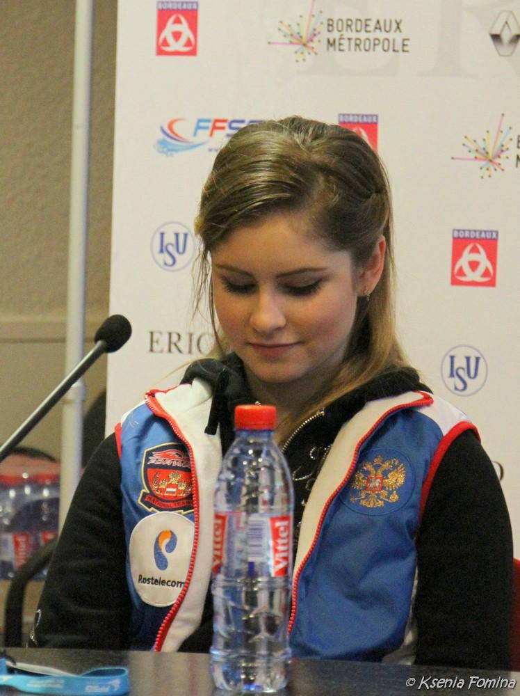 Юлия Липницкая - 3 - Страница 3 0_c9308_d5472052_orig