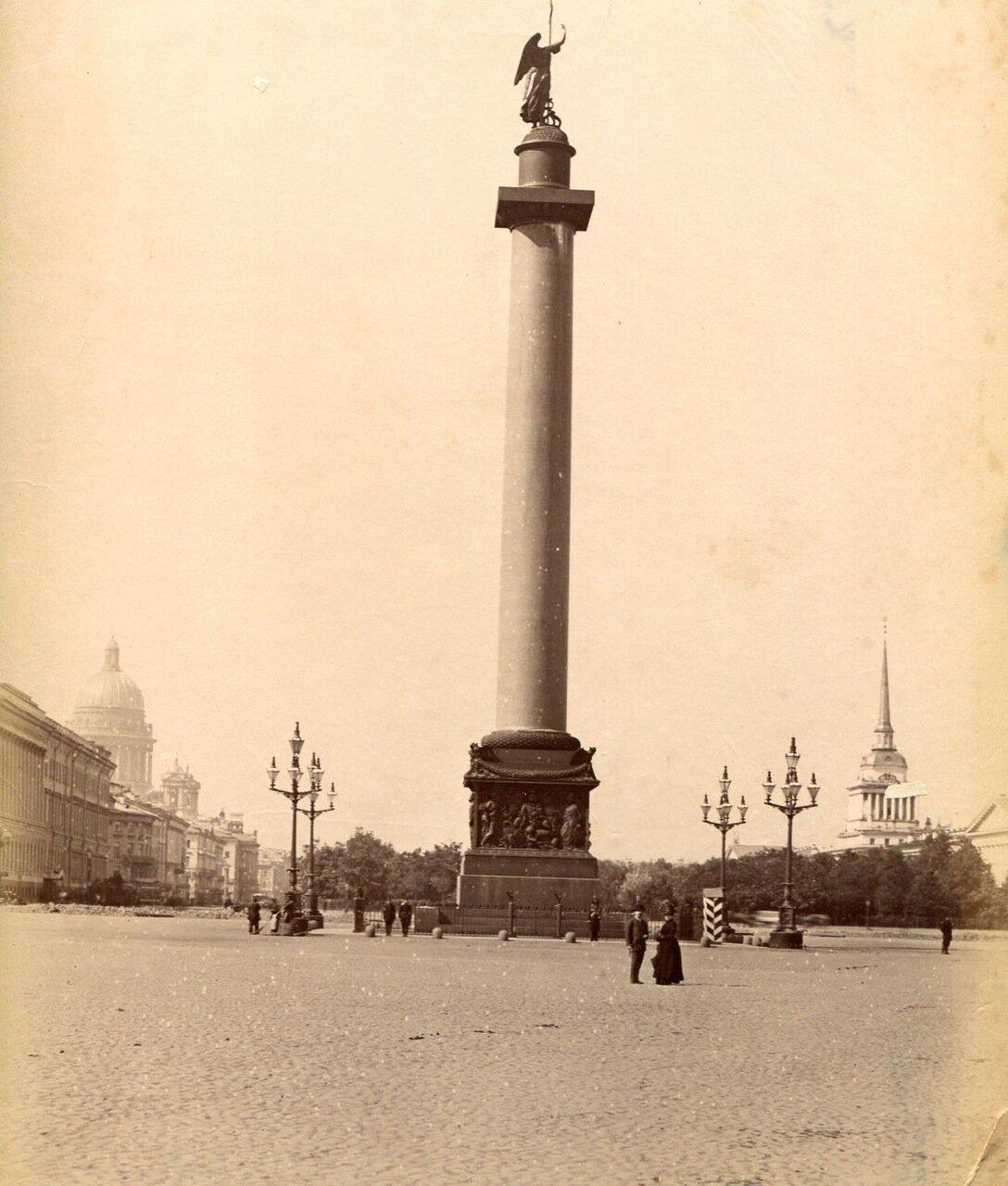 18. Александровская колонна на Дворцовой площади